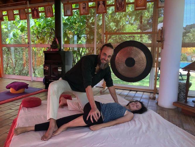 Thai yoga massage juice detox therapies